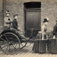 Bemusing image of the day: 2 women pulling 3rd woman in cart...