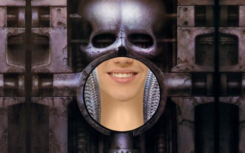 justin-giger-13-iron-skull-wall